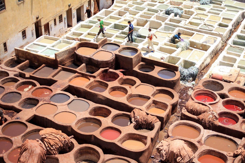 Tanerías de cuero en Fez, Marruecos.