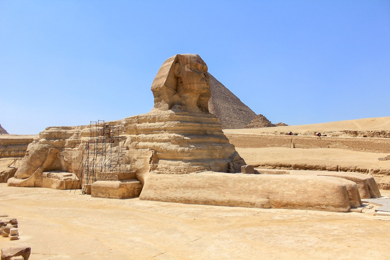 Pirámides de Guiza durante el show de luces.