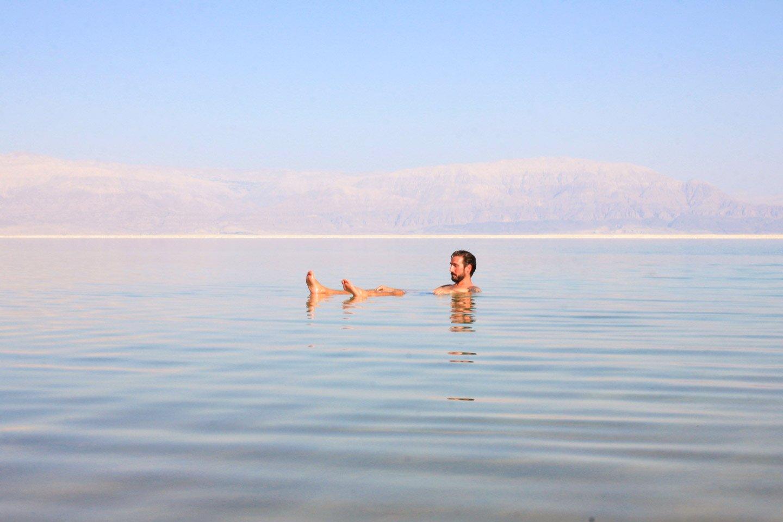 Alberto en el Mar Muerto, Israel.