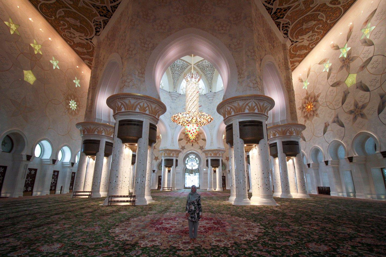 Carla en la Sheikh Zayed Grand Mosque, Abu Dhabi.