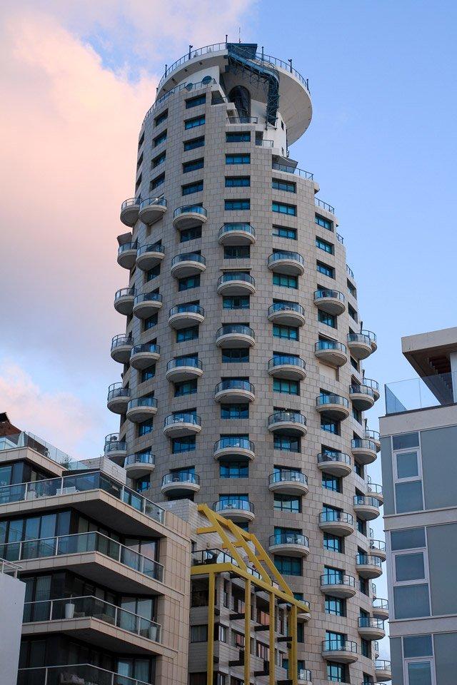 Edificios en Tel-Aviv, Israel.