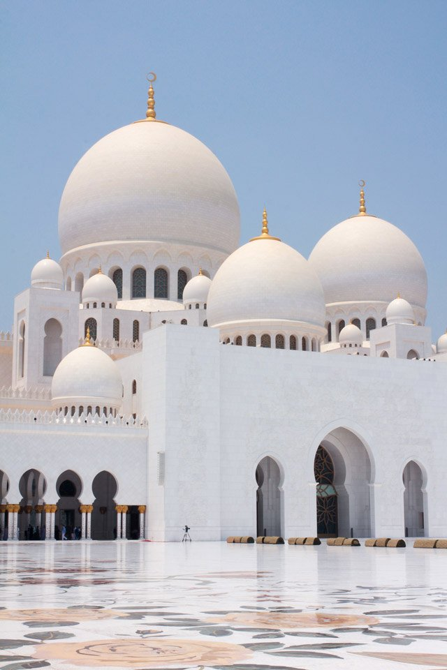 Sheikh Zayed Grand Mosque, Abu Dhabi.