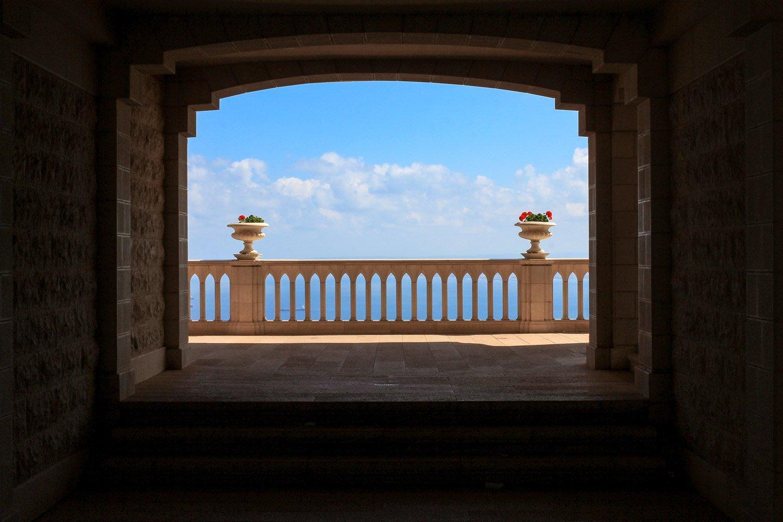 Vista de las terrazas al mar, templo Bahai en Israel.